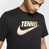 T Shirt Nike Court Dry Black Gold Holiday 2019