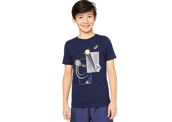 Junior model with a blue nike t-shirt and shorts